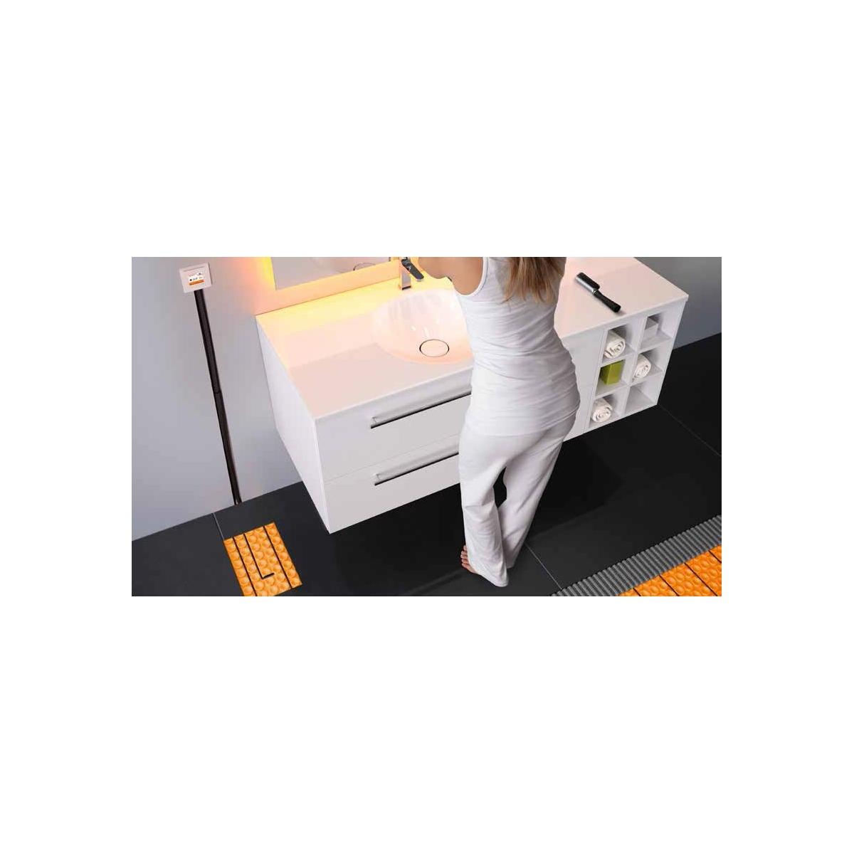 Suelo radiante mediante electricidad y termostato digital regulable y programable y wifi Schüter Systems Suelo radiante eléctric