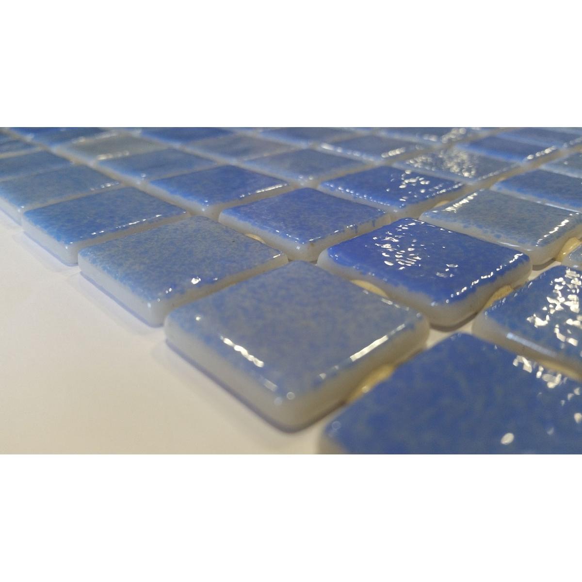 Revestimiento decorativo 110 azul niebla para fachadas, baños y piscina Vidrepur