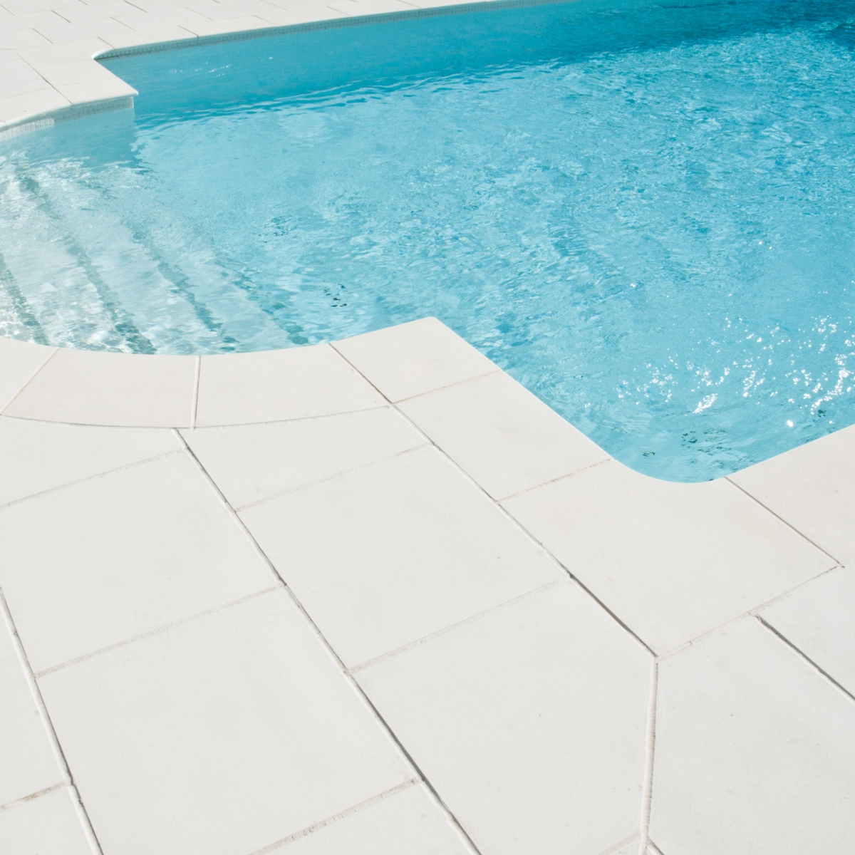 Borde de piscina escuadra Grenoble