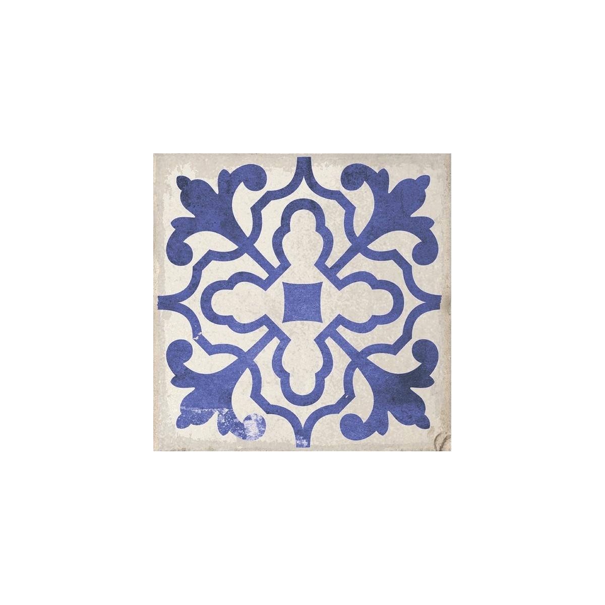 Baldosa porcelánica de imitación Hidraúlica con motivos decorativos azules sobre fondo blanco Villena Blue 15x15 (caja) barato