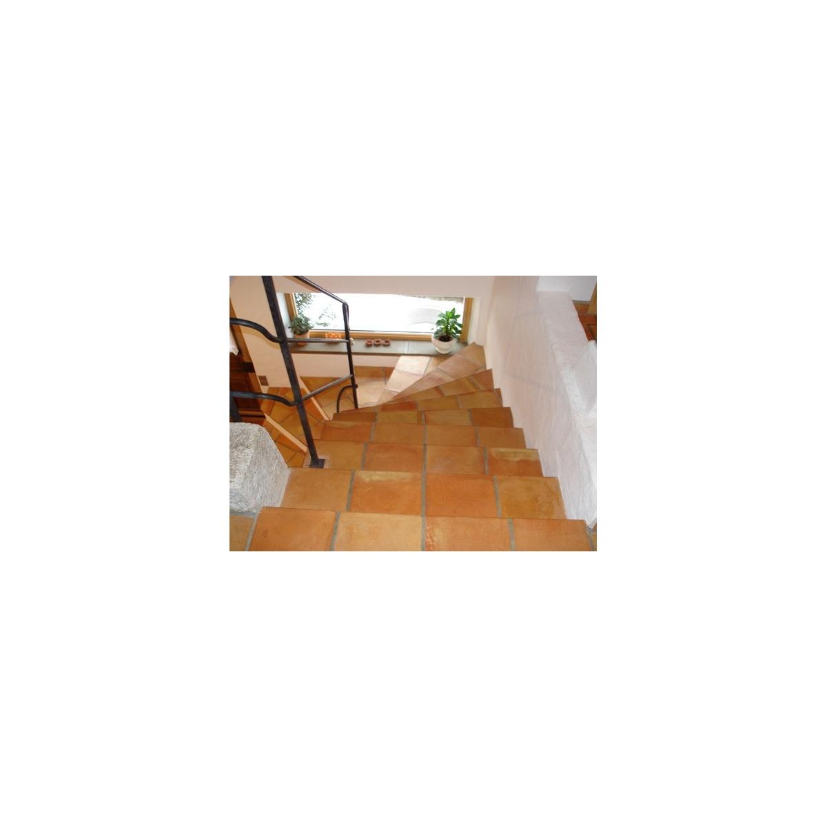 Peldaños de barro - Pavimento con Barro Terracota - Marca Anticfang